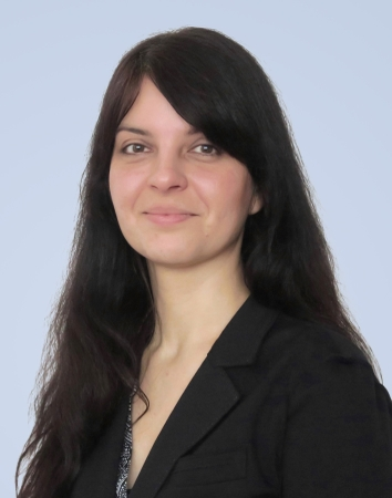 Passbild Frau Denise Mallon